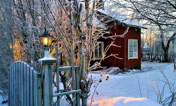 3 Home Projects to Take Care of Before Winter Arrives